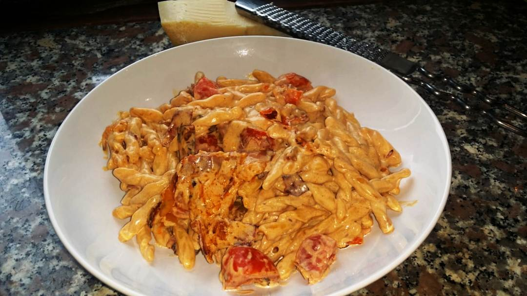 pasta met speck en tomaatjes