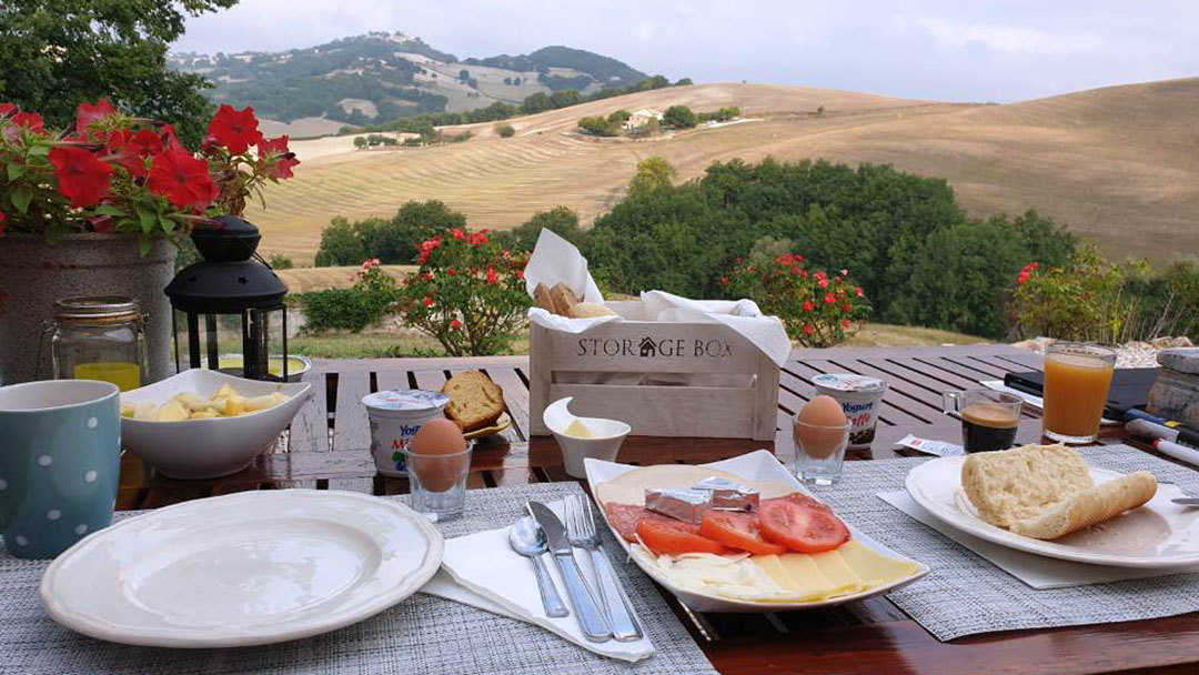 Ontbijt met uitzicht om voor wakker te worden
